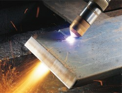 Hypertherm Edge Pro for CNC Plasma Cutter at Work